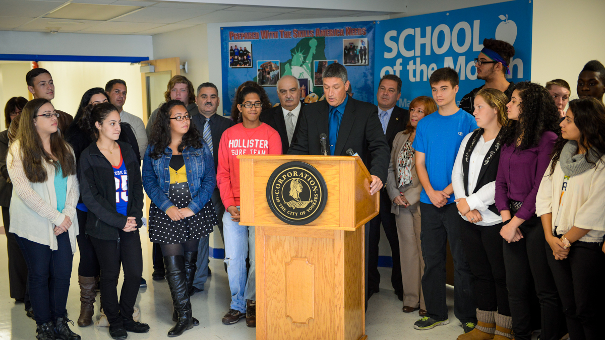 September 2014 School of the Month - Saunders H.S.