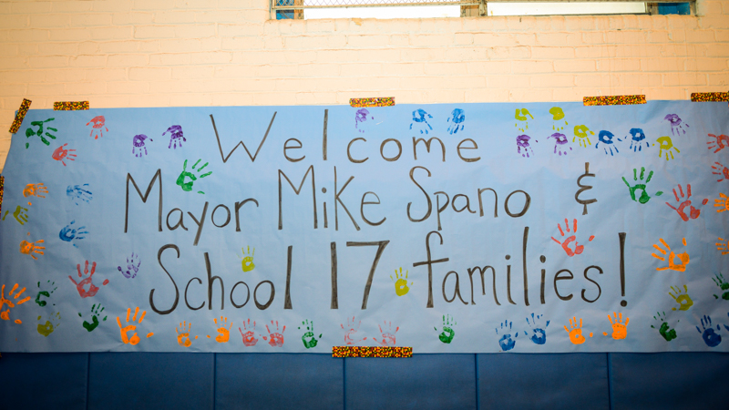 School 17 Students and Parents welcome Mayor Spano