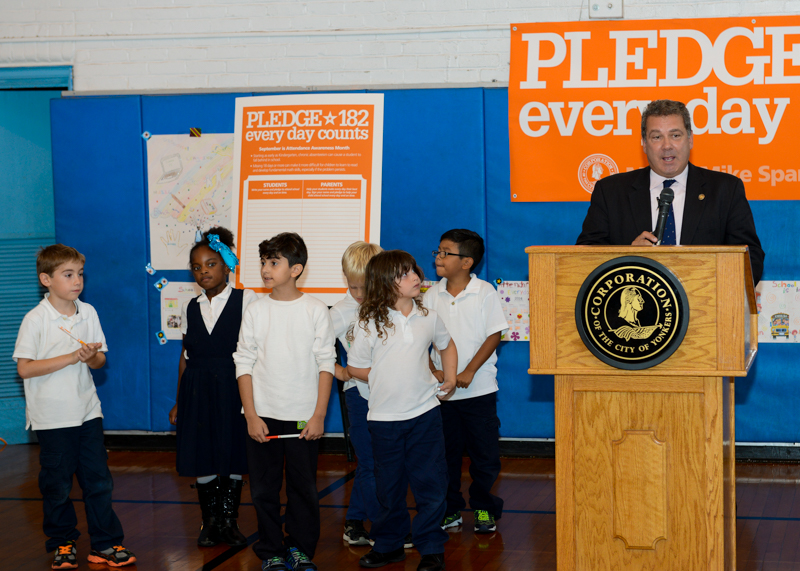 Mayor Spano Announces School 17 Pledge