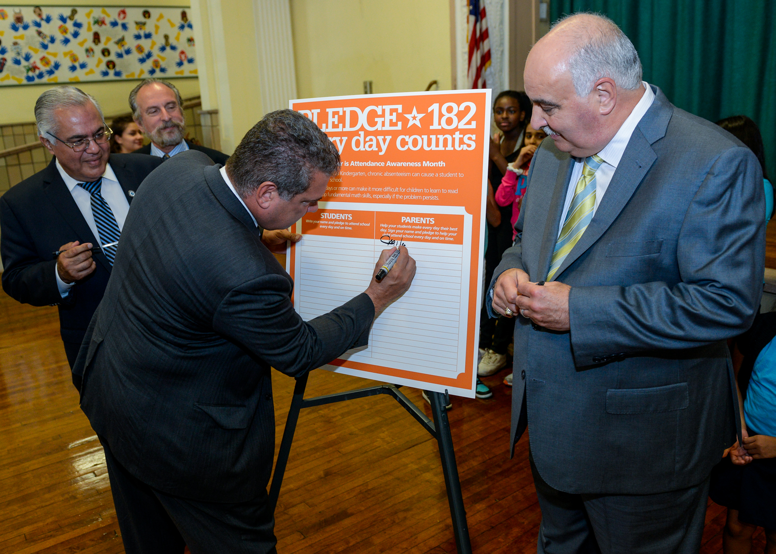 Mayor Spano Signs Pledge 182